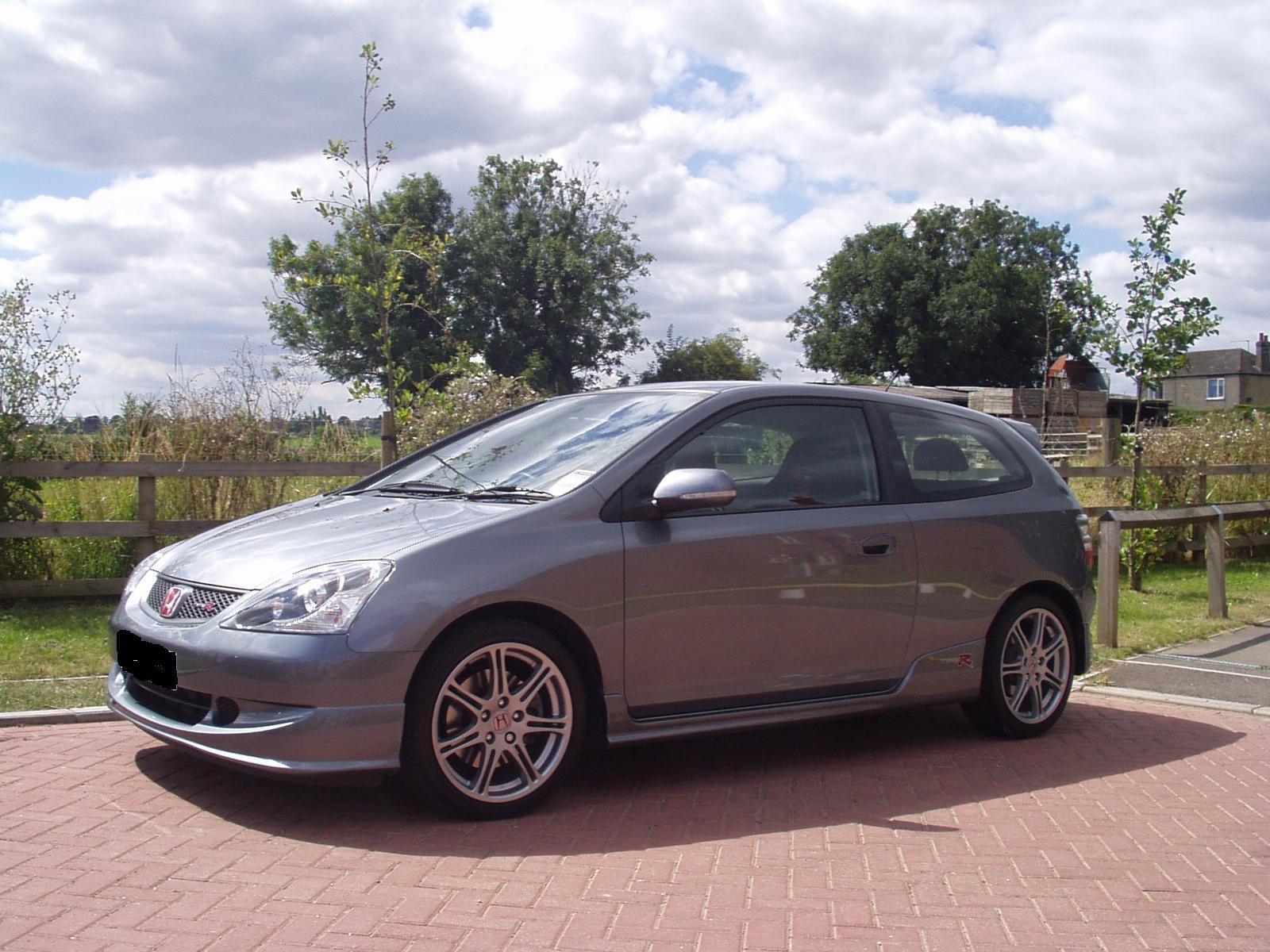 2004 Honda Civic - Pictures