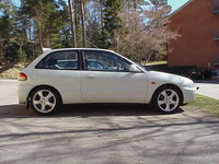 Picture of 1994 Mitsubishi Colt