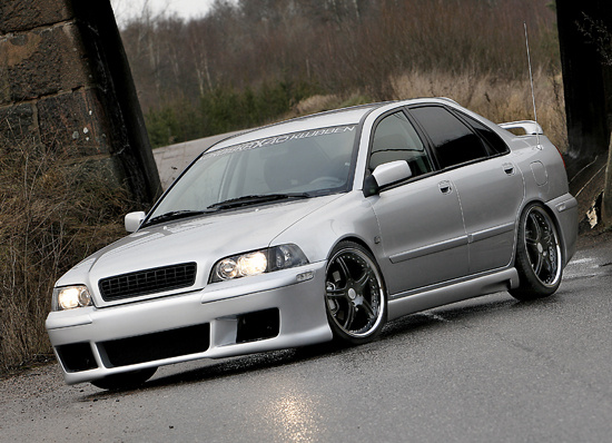 Picture of 2004 Volvo S40