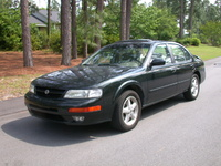Picture of 1997 Nissan Maxima SE