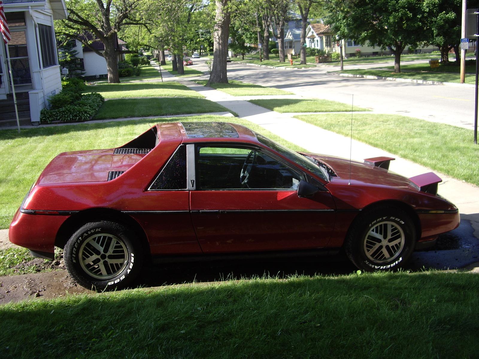 1987 Pontiac Fiero Pictures Cargurus