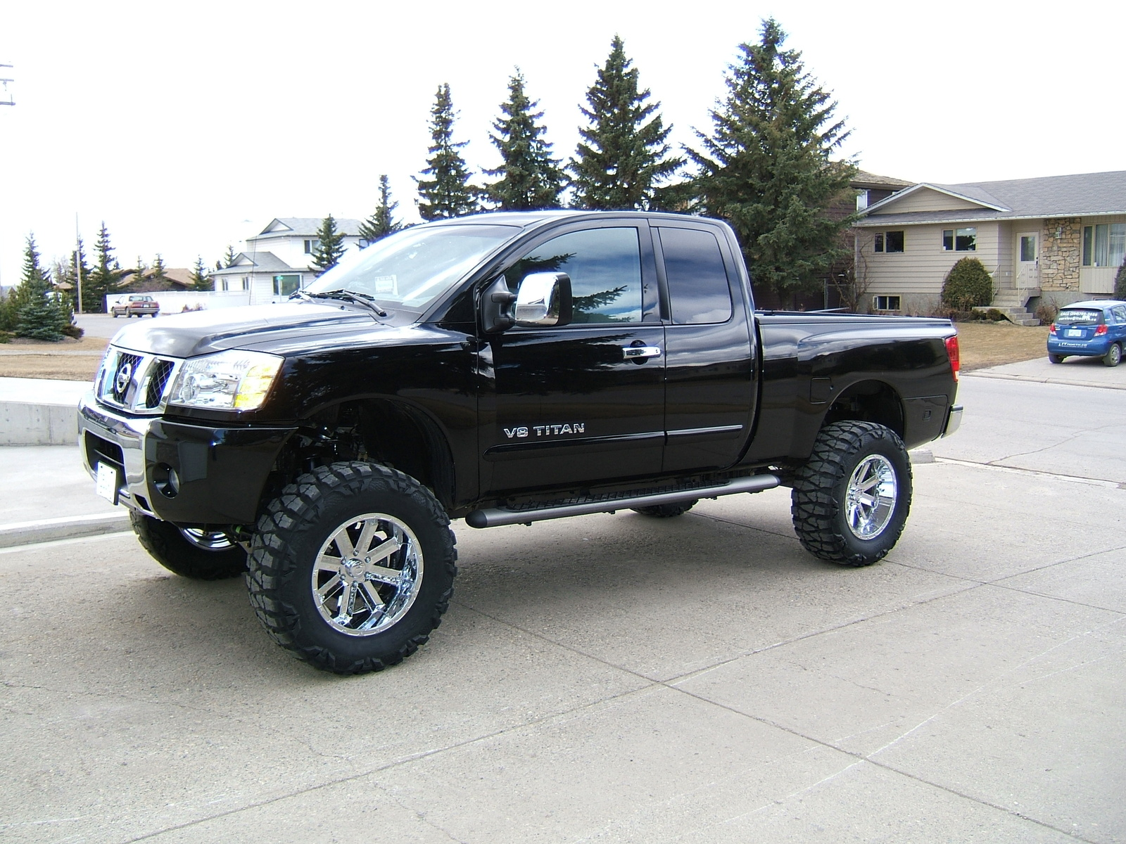 nissan titan king cab 4x4 nissan titan crew videos car photos nissan titan king cab 4x4 nissan. Black Bedroom Furniture Sets. Home Design Ideas