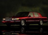 1997 Lincoln Town Car Signature, 1997 Lincoln Town Car 4 Dr Signature Sedan picture