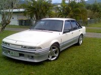 1986 Holden Calais Picture Gallery