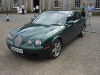2005 Jaguar S-Type R Picture Gallery