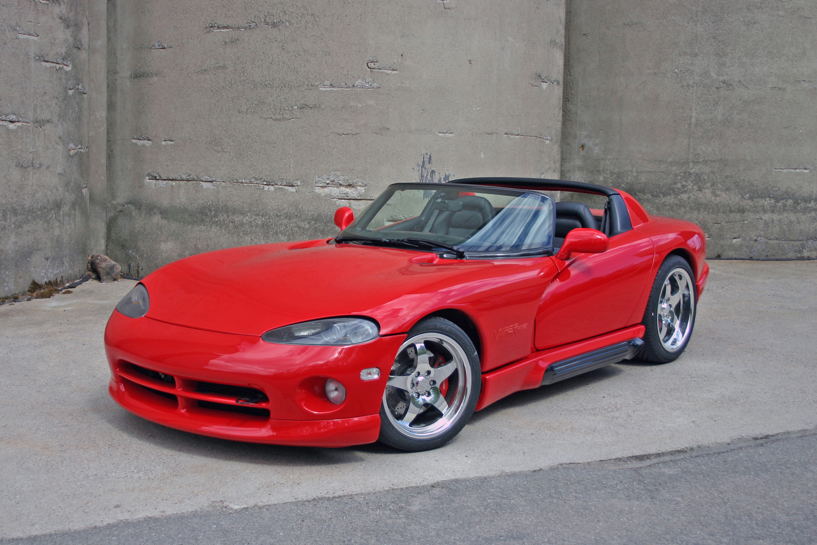 1994 Dodge Viper Pictures C1765 together with 1995 Dodge Viper Pictures C1754 pi36218744 moreover Chevrolet Silverado 5 3 2004 Specs And Images additionally 1991 Ford Mustang LX 5 further 1998 Chevrolet Monte Carlo Pictures C930. on chevrolet camaro 3 8 2002 2 specs and images
