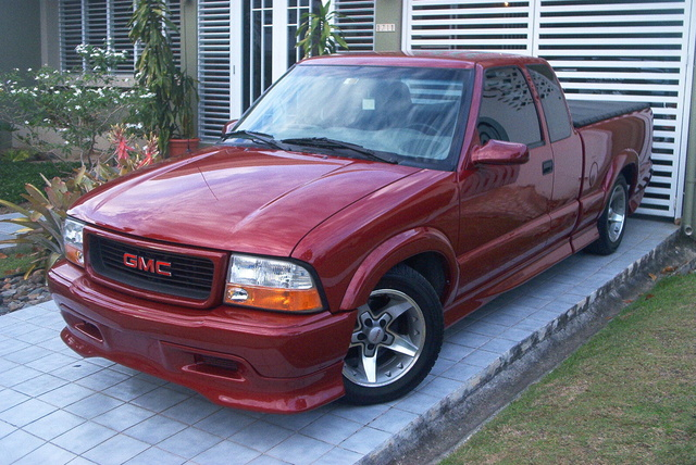 Picture of 2001 GMC Sonoma SLS Extended Cab Short Bed 2WD, exterior