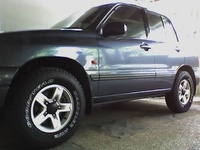 2004 Suzuki Vitara 4 Dr LX SUV picture