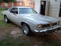 1975 Pontiac Le Mans, front view after painting and rims