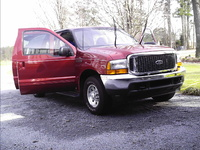2000 Ford Excursion XLT picture