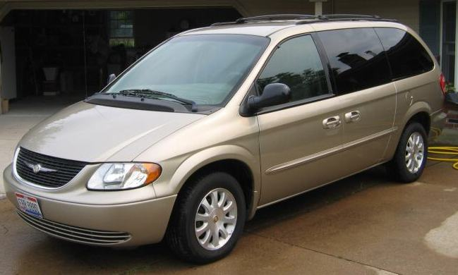 2002 Chrysler Town & Country LX picture
