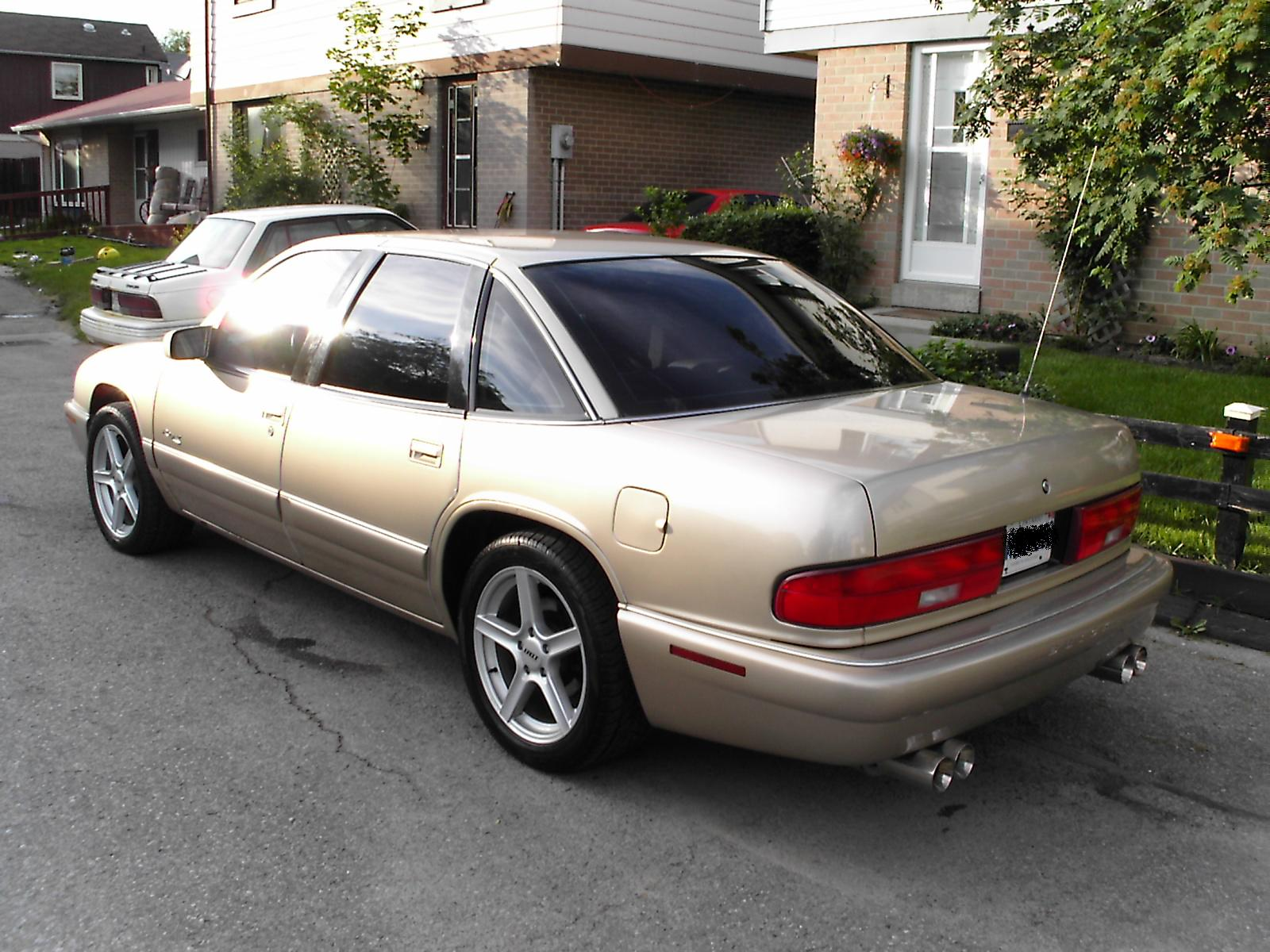 1994 Buick Regal 4 Dr Custom Sedan picture