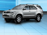2007 Toyota Fortuner Overview