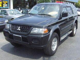 2002 Mitsubishi Montero Sport XLS 4WD picture