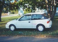 Picture of 1993 Geo Metro 2 Dr XFi Hatchback
