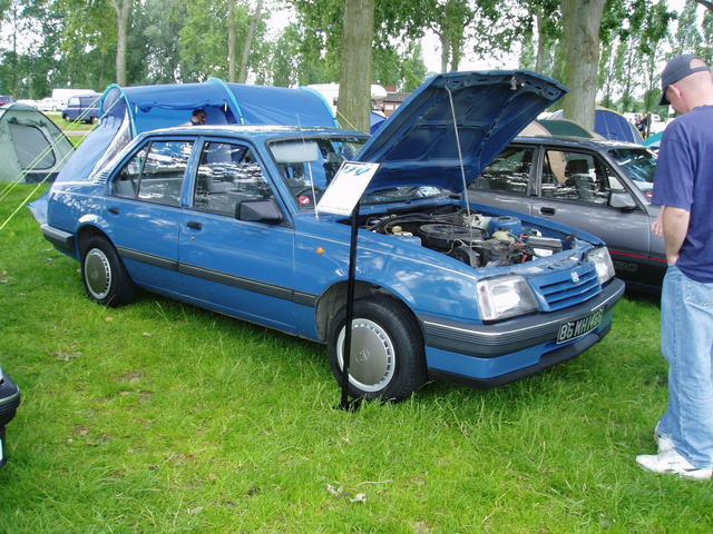 Picture of 1984 Vauxhall Cavalier