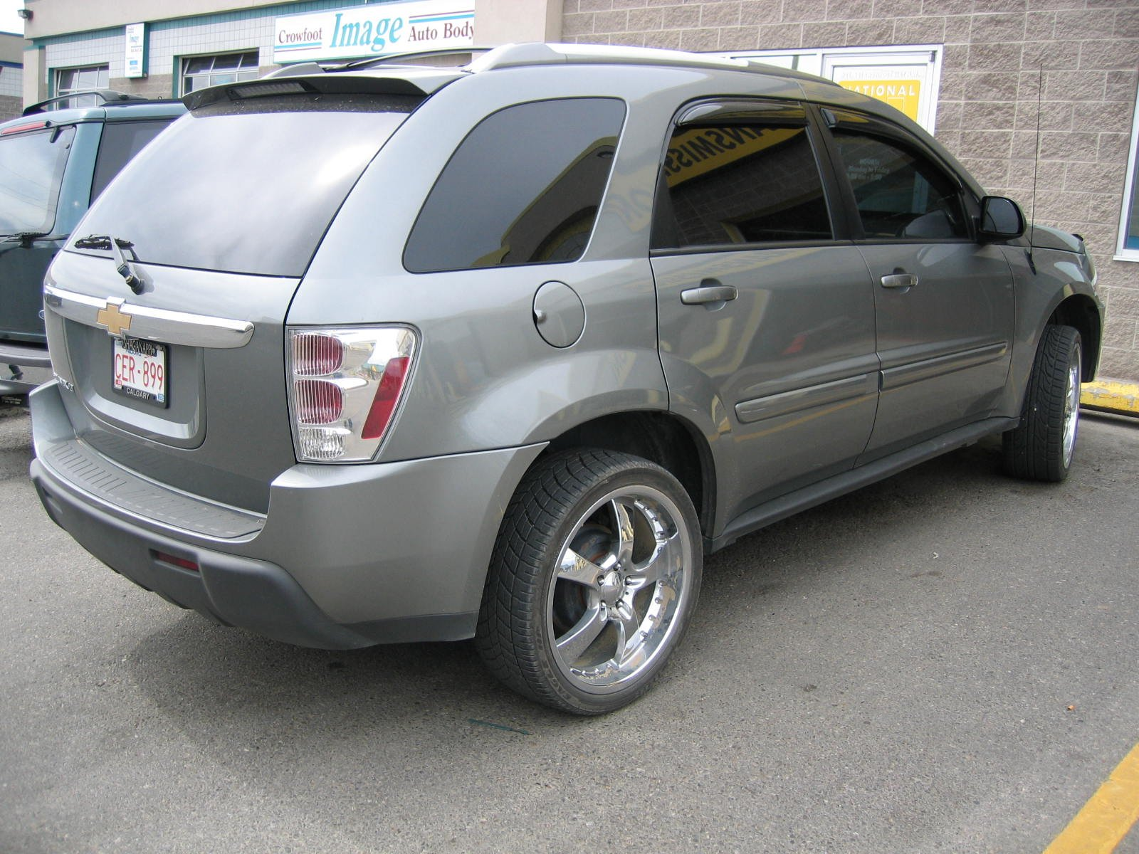 2005 chevrolet equinox kelley blue autos post. Black Bedroom Furniture Sets. Home Design Ideas