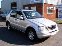 Picture of 2001 Mercedes-Benz M-Class ML 320