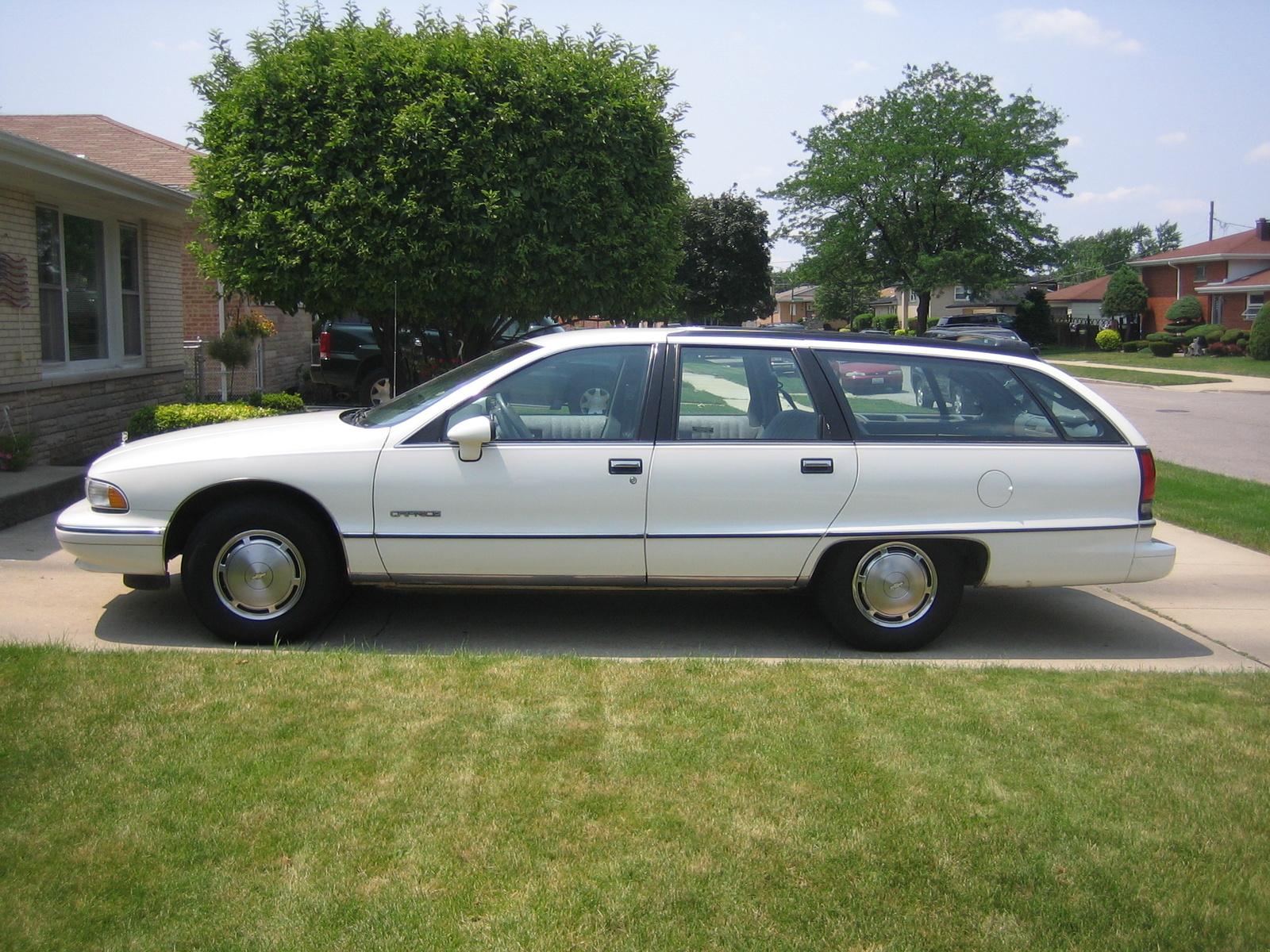 Looking For Box Chevy Wagon As Close To 1990 As Possible