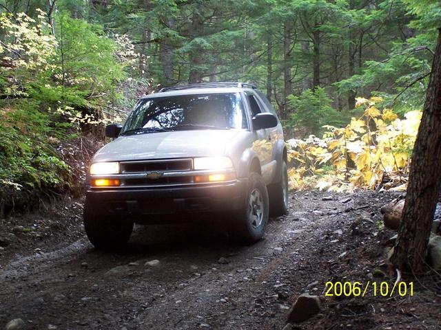 Picture of 2005 Chevrolet Blazer LS 2-Door RWD, gallery_worthy