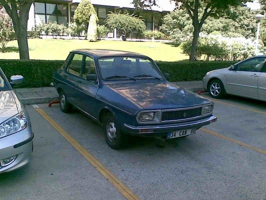 Picture of 1976 Renault 12