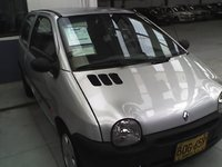 Picture of 2004 Renault Twingo