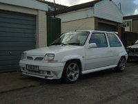 1993 Renault 5 Picture Gallery