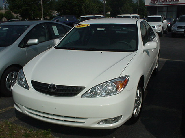 Toyota Camry Solara 2003. 2003 Toyota Camry XLE picture