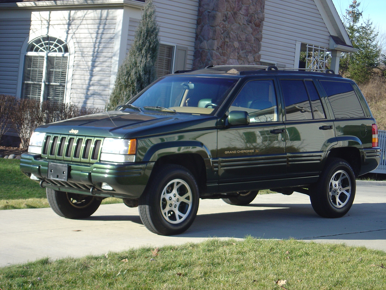1997 jeep grand cherokee pictures cargurus. Black Bedroom Furniture Sets. Home Design Ideas