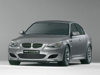 2007 BMW M5 Overview
