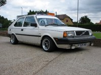1990 Volvo 340 Picture Gallery