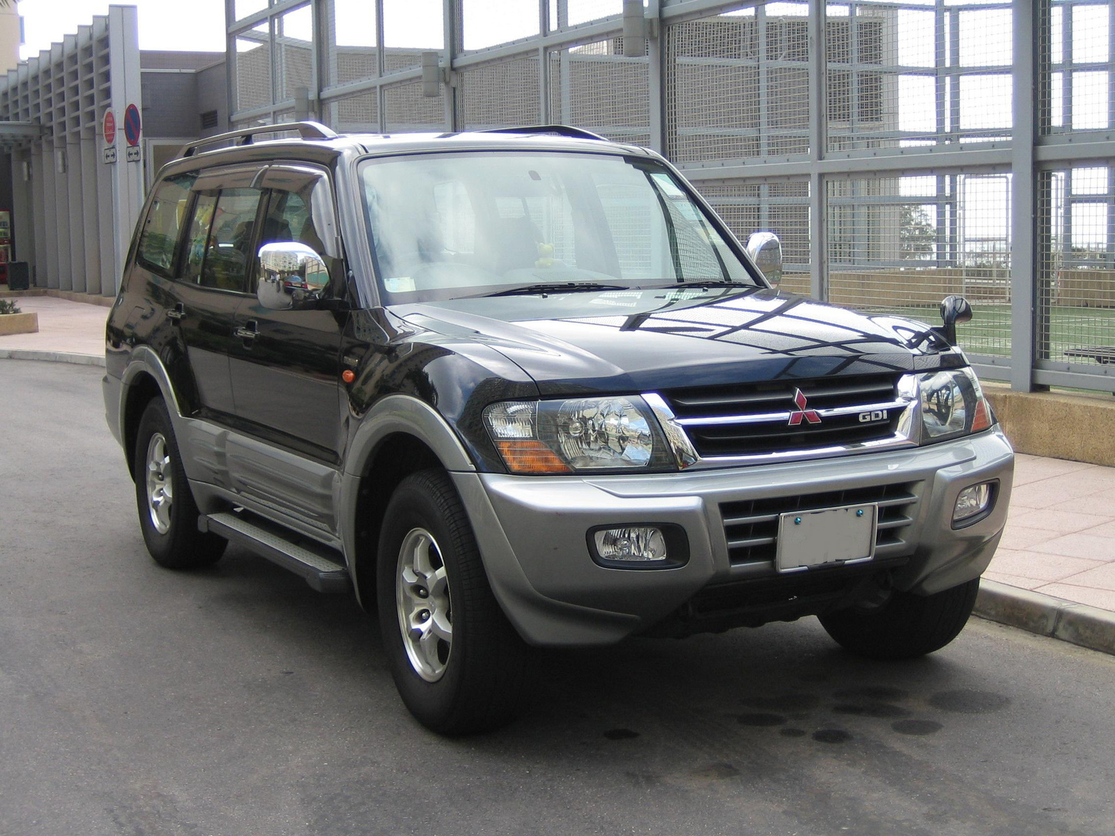 2000 Mitsubishi Pajero Pictures Cargurus