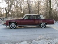 1987 Cadillac Fleetwood picture