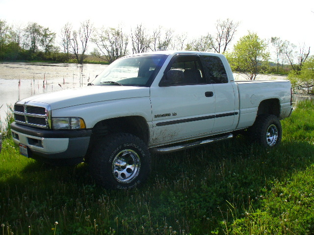 Picture of 2000 Dodge Ram 1500 4 Dr SLT 4WD Extended Cab SB