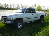 2000 Dodge Ram Pickup 1500 Overview