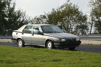 Picture of 1989 Alfa Romeo 75, gallery_worthy