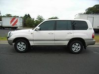 Picture of 2005 Toyota Land Cruiser 4 Dr STD 4WD SUV, exterior