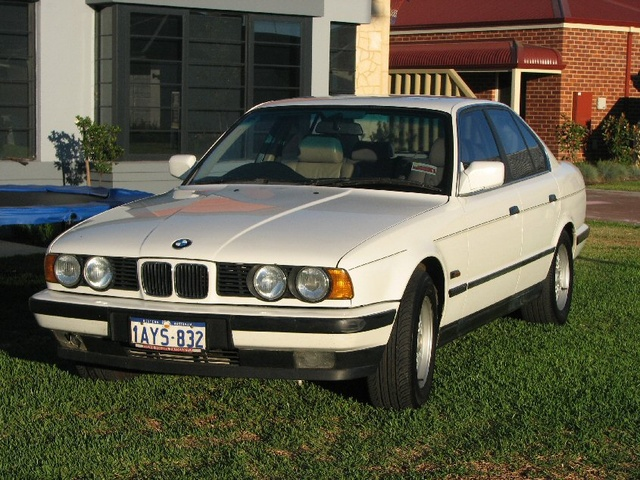 Picture of 1990 BMW 5 Series 535i