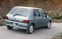 Picture of 1990 Renault Clio, exterior