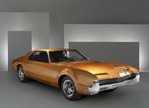 1966 Oldsmobile Toronado picture