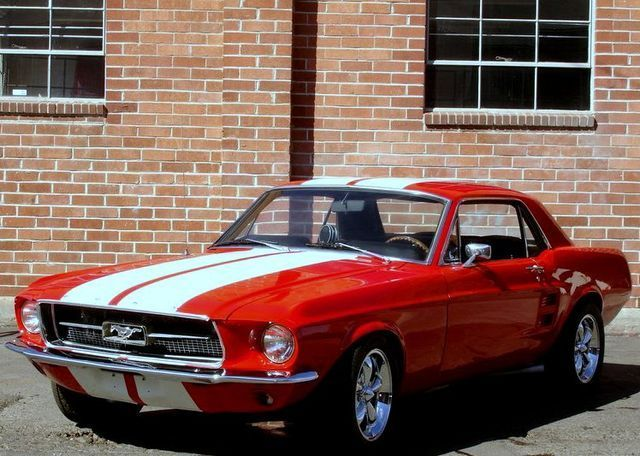 Ford Mustang Coupe Pic