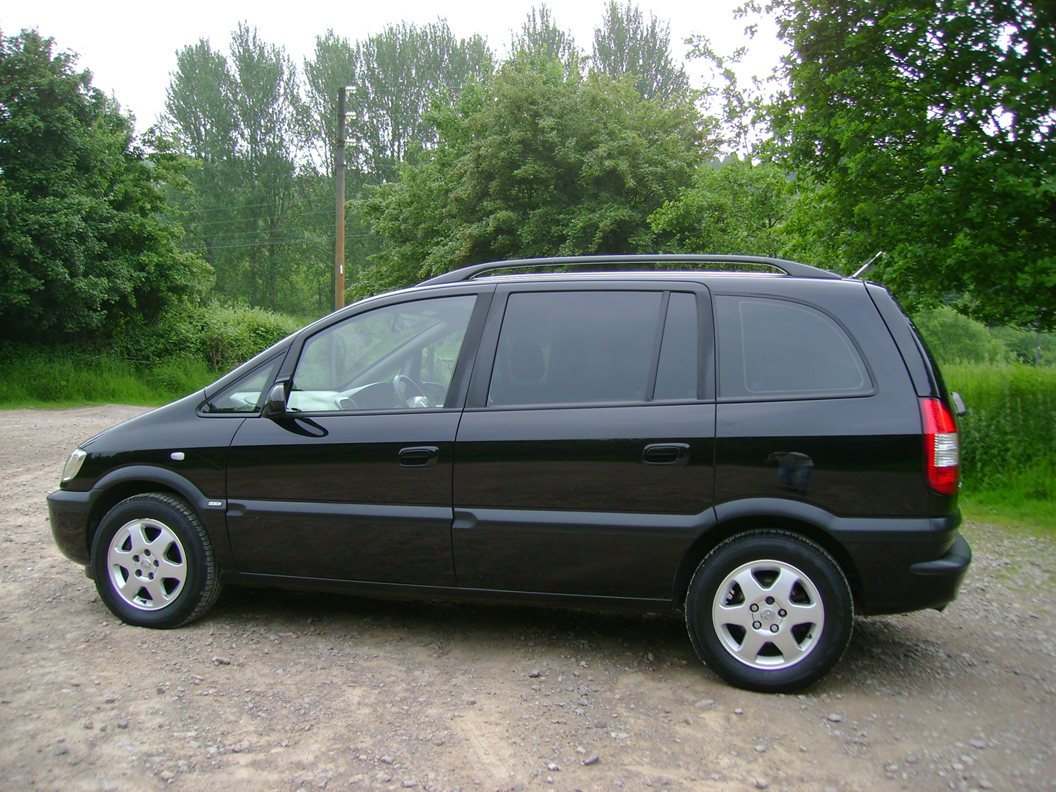 2003 vauxhall zafira pictures cargurus. Black Bedroom Furniture Sets. Home Design Ideas