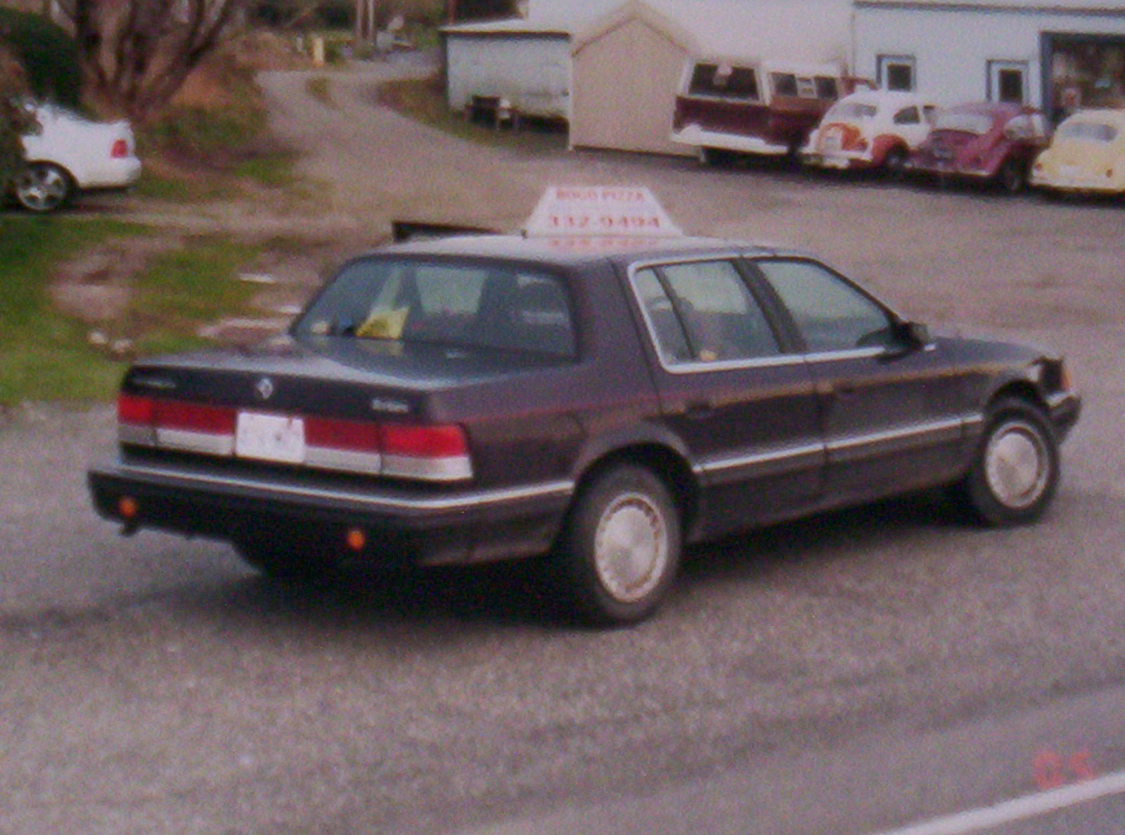 1990 Plymouth Acclaim - Pictures