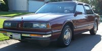 Picture of 1990 Oldsmobile Eighty-Eight Royale 4 Dr Brougham Sedan