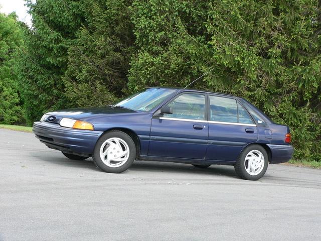 1994 ford escort sedan