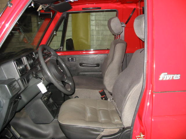 Picture of 1995 Mitsubishi Montero, interior