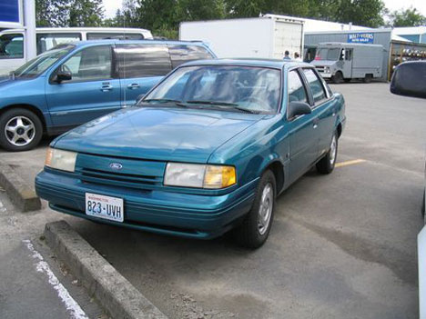 1993 Ford Tempo Sedan ( Lethbridge Images