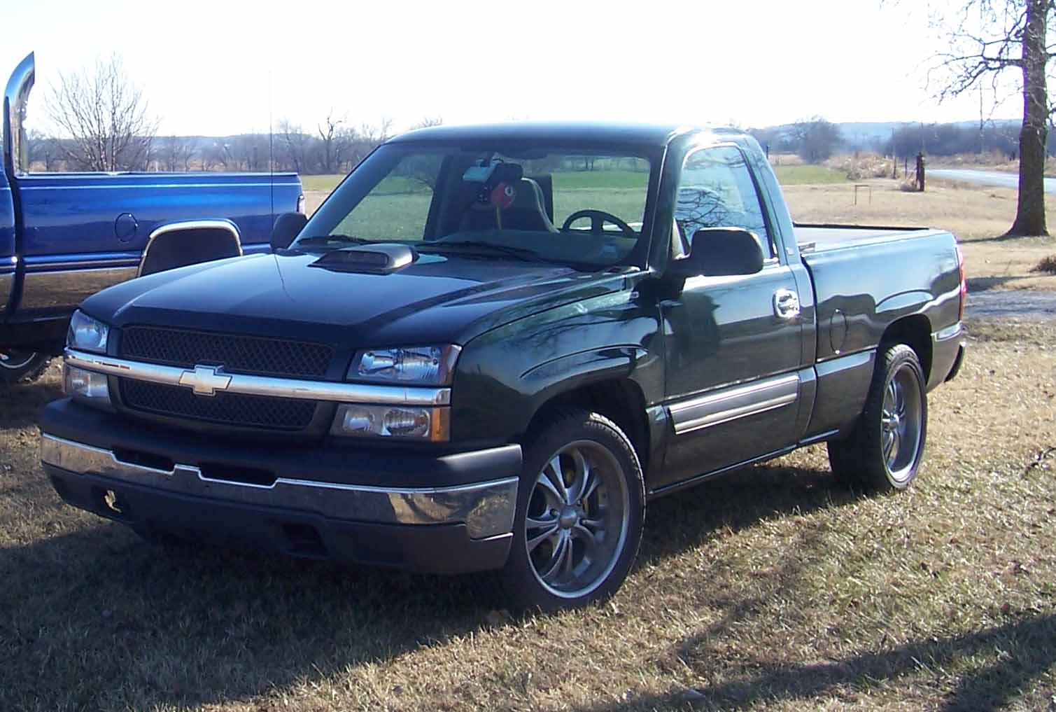 picture of 2004 chevrolet silverado 1500 ls short bed 2wd. Cars Review. Best American Auto & Cars Review
