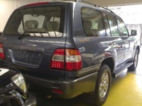 2002 Toyota Land Cruiser picture, exterior