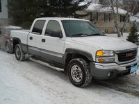 2003 GMC Sierra 1500HD Overview